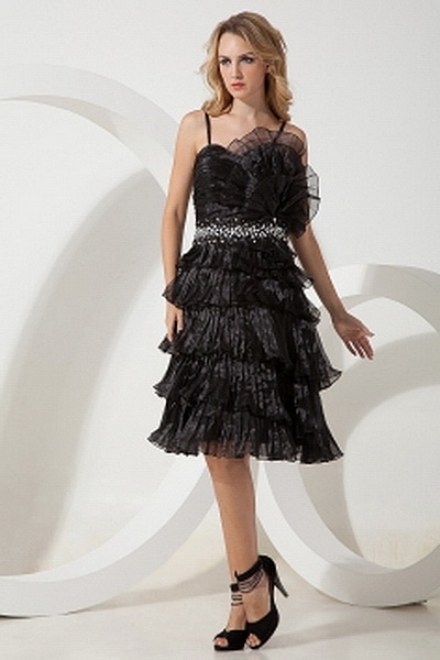 Black A-Line Sweetheart Homecoming Gown ted0936 - SILHOUETTE: A-Line; FABRIC: Tulle; EMBELLISHMENTS: Beading , Crystal , Layered , Ruched; LENGTH: Knee Length - Price: 130.0900 - Link: http://www.theeveningdresses.com/black-a-line-sweetheart-homecoming-gown-ted0936.html