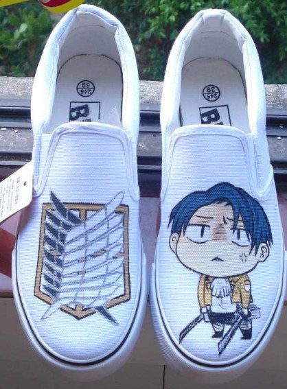 Attack on Titan    awh I want them
