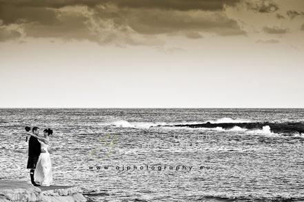 SpaniaBryllup har siden starten i 2004 vært med på å arrangere en rekke bryllup for nordmenn og andre skandinaver i Spania. Vårt unike samarbeid og gode kontakt med Sjømannskirken i Torrevieja, vår lange erfaring med Spania og våre gode samarbeidspartnere gjør oss til det naturlige førstevalg når man vil planlegge og gjennomføre et drømmebryllup under solen på Costa Blanca i Spania.