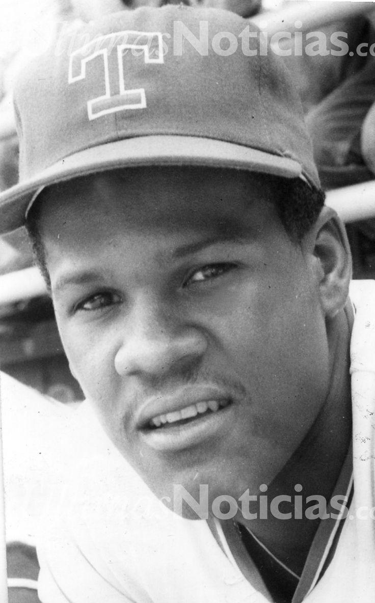 Carlos Martínez, nació en 1964, fue un beisbolista venezolano, conocido como el «Café» Martínez, insigne defensor de la primera y la tercera base. Foto: Archivo Fotográfico/Grupo Últimas Noticias
