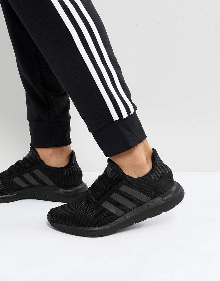 flexible dramático Soviético  adidas Originals Swift Run Sneakers In Black CG4111   Sneakers men,  Beautiful sneakers, Stylish running shoes