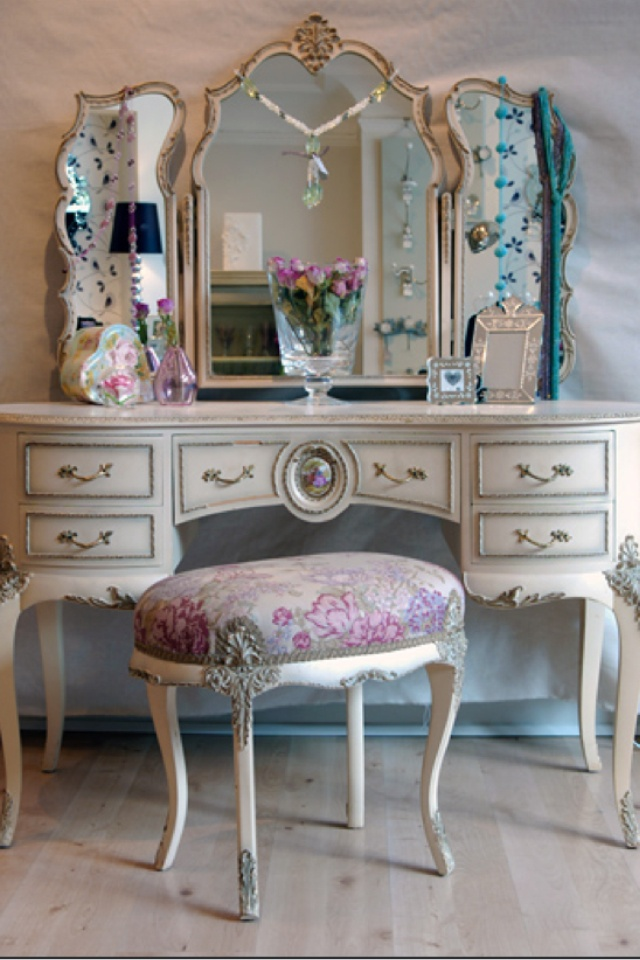 Vintage furniture I want this for my spare bedroom/closet -- Curated by: OK Estates | 7 - 1960 Springfield rd Kelowna bc v1y 5v7 | 250-868-8108