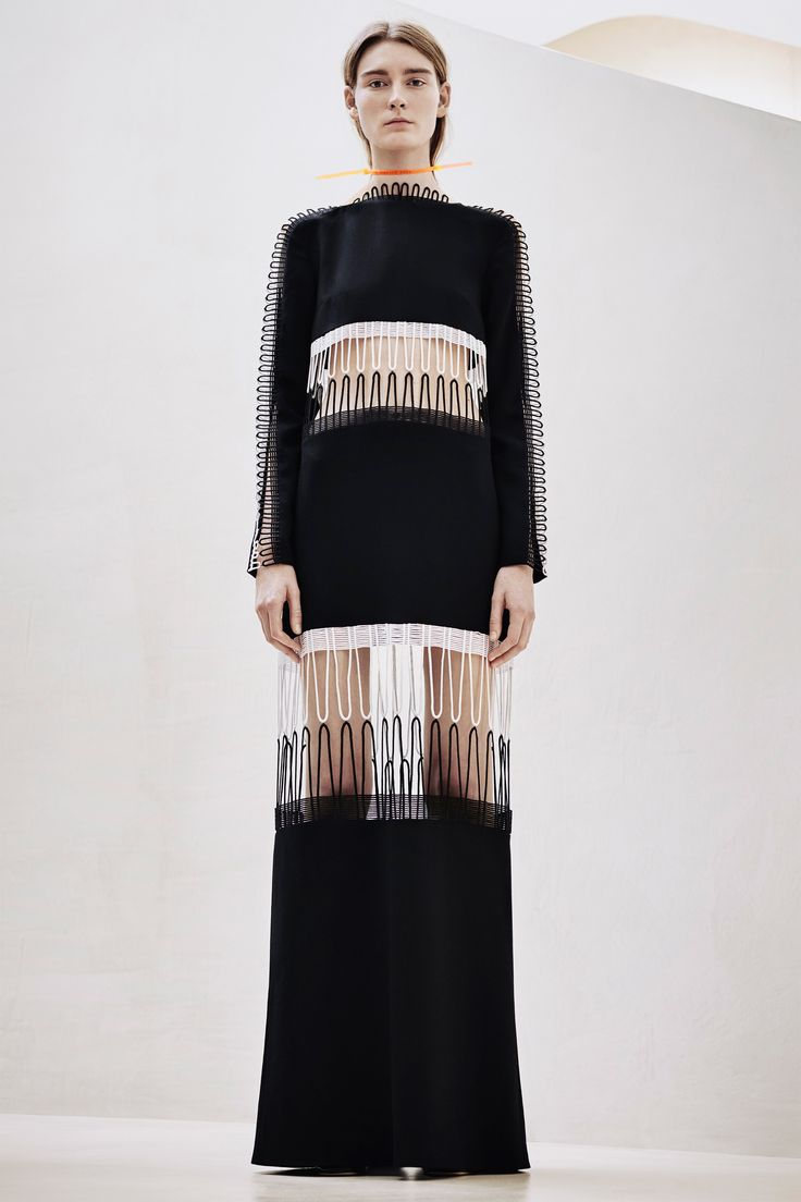 Christopher Kane Pre-Fall 2016 Fashion Show