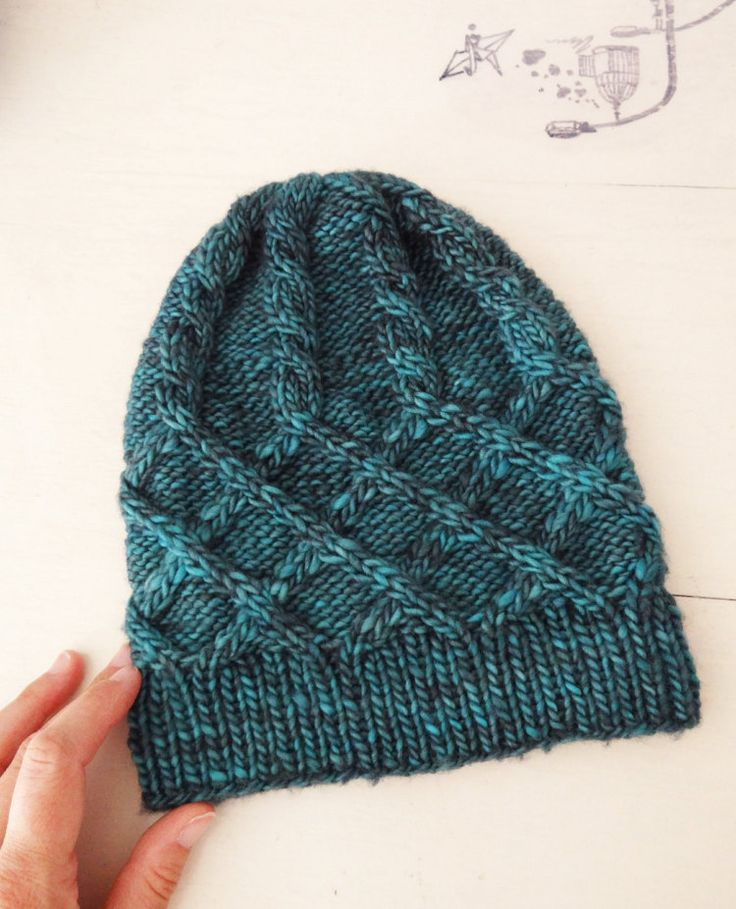 PATRÓN TEJIDO dos agujas tricot: gorro de lana por Tricotazo / knitting pattern, pdf download, knitting designer, knitting, knits, palillo, dos agujas, modelo gorro, cable hat, hat pattern