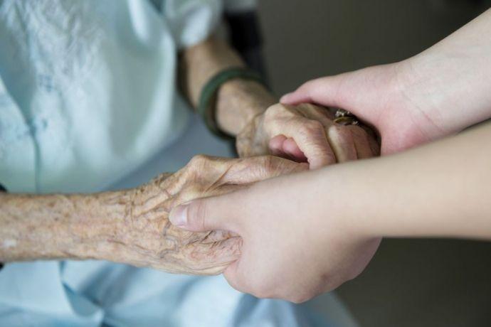 """Quanto lhe for possível, não deixe de fazer o bem a quem dele precisa.Não diga ao seu próximo: """"Volte amanhã, e eu lhe darei algo"""", se pode ajudá-lo hoje. Provérbios 3.27-28    Que temp…"""