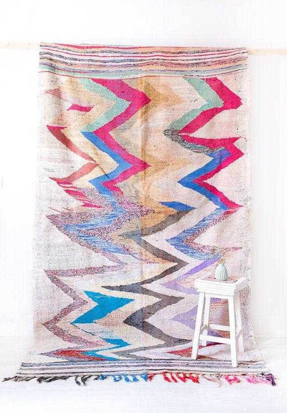 Vintage Marokkaanse Boucherouite Kilim tapijt De door LoomAndField