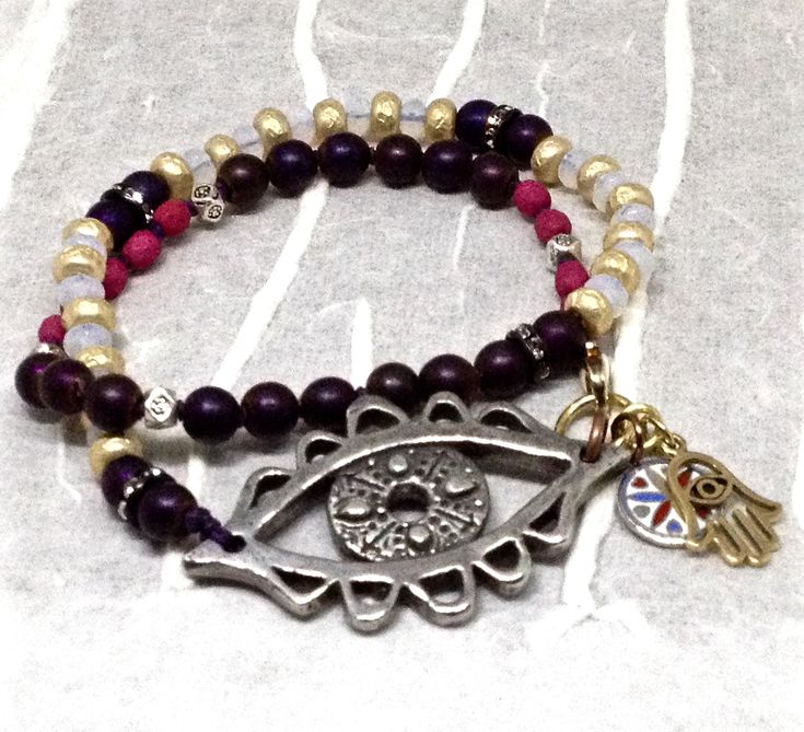 Evil eye bracelet by Ann Schroeder | Bead Love