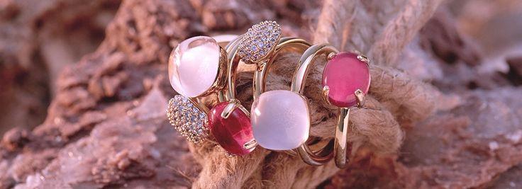 BIBA ringenOnze collectie BIBA ringen bestaat uitvier soorten ringen, de Crystal Roos ringen, de Crystal Swarovski ringen, de Jade ringen en de Special ringen. De categorieën bestaan uit diverse modellen, stijlen en kleuren.
