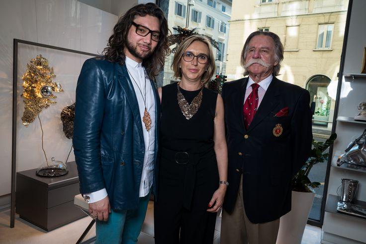 """Grazie all'Ambasciata Cilena per il patrocinio dato a """"Alas de Angel"""".  --  jewelry - 14 aprile, cocktail party per """"Alas de Angel"""" di  #PatricioParada  #LeABoutique  #Milano #MDW #MDW16 #DesignWeek #Fuorisalone #Fuorisalone2016 #design #designer #gold #light #AlasdeAngel"""