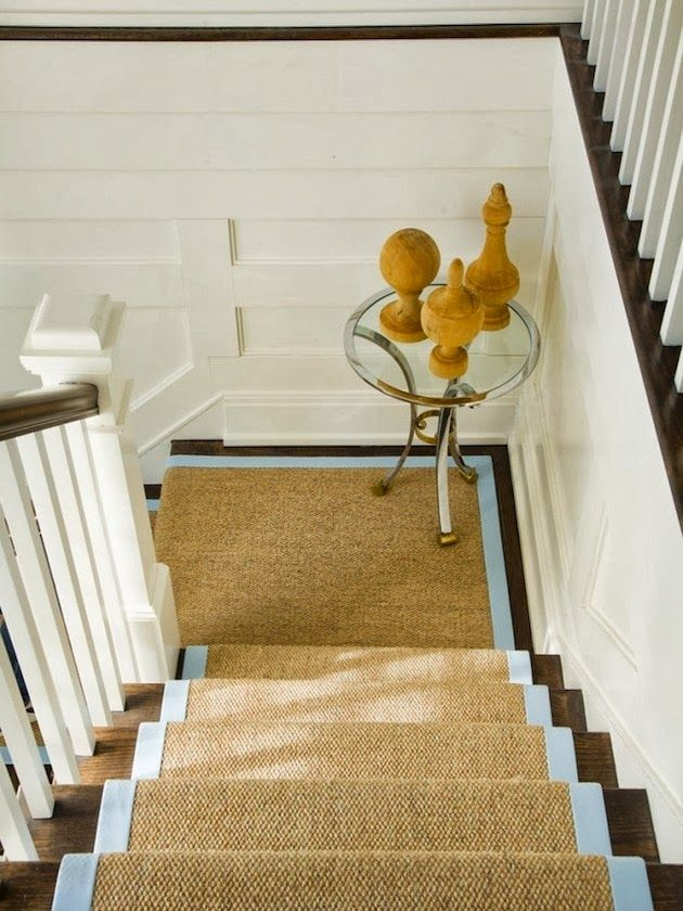 Blue trim on sisal runner. <3 Or any other color trim that ties in with the scheme for that matter...
