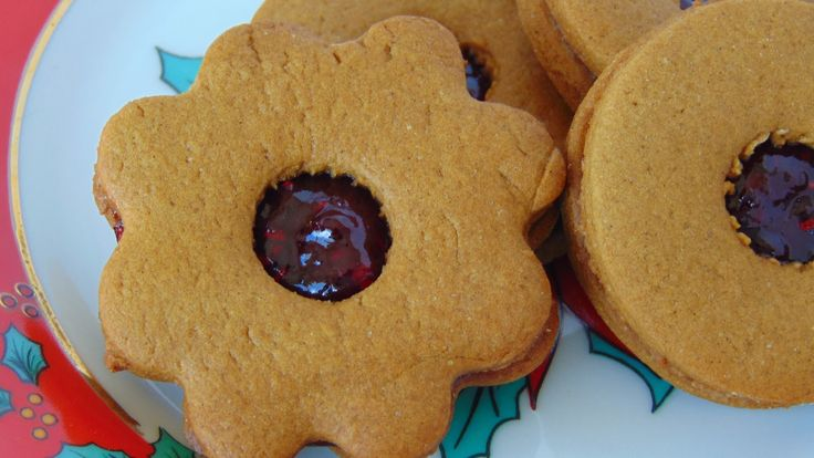 Newfoundland Jam-Jams are soft molasses cookies sandwiched together with your favourite jam.