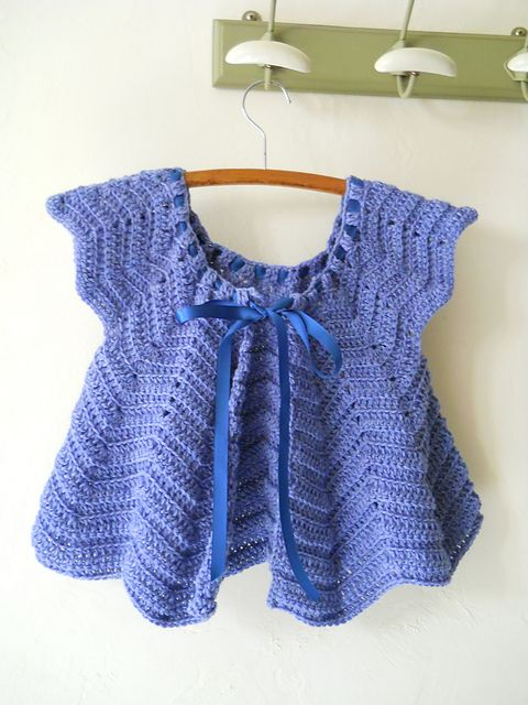 Free Pattern - currently making this in a purple/turquoise ombre
