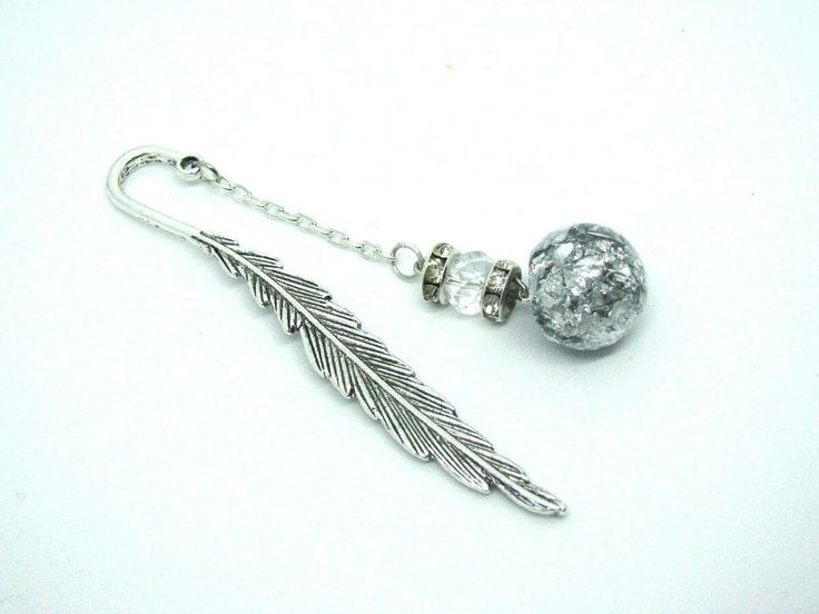 Excited to share the latest addition to my #etsy shop: Book accessories, Feather bookmark, Book lover gift, Bookmark gift, Unique bookmark gift, Accessories for books, Bookmarks, Readers gifts #booksandzines #bookmark #silver #birthday #mothersday #booksfilmsmusic #books #bookaccessories #featherbookmark http://etsy.me/2AjWV8m