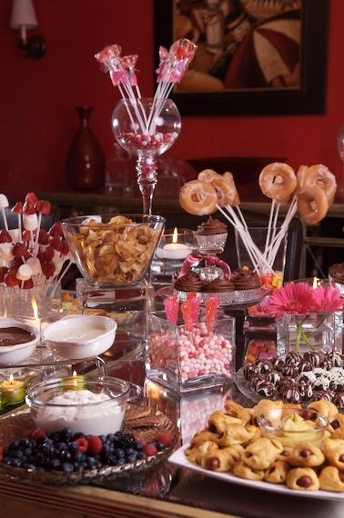 Martie Knows Parties - BLOG - Girls' Night In Party: Sweets Table!