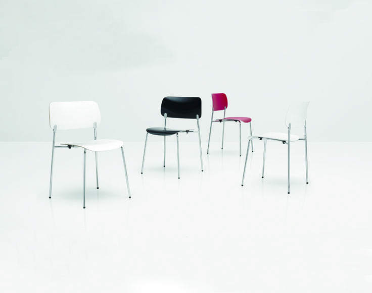 Spot  Piiroinen Spot, een stoel van PLAN@OFFICE ontworpen door Piiroinen.