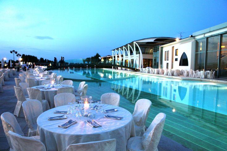 #Ristorante Riviera Romagnola Con Piscina #Romantico Resort Cattolica | Riviera Golf Resort