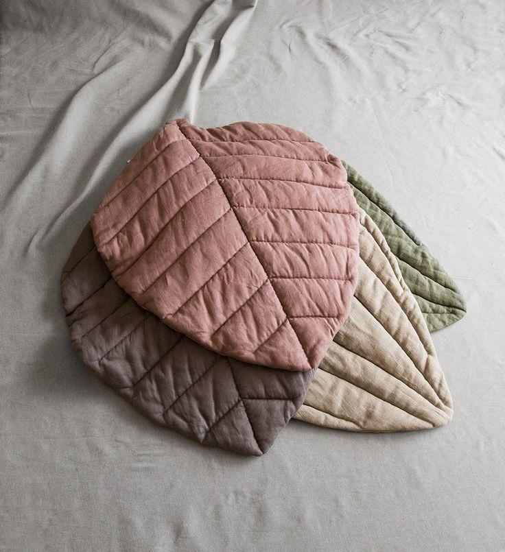 Linen sofa blanket floor mat linen leaf linen duvet linen