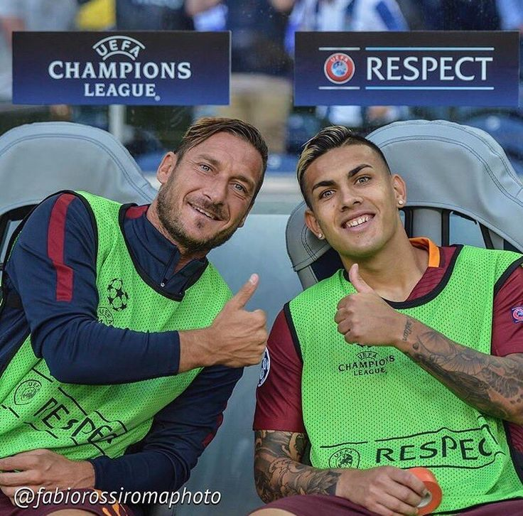 Francesco Totti and Leandro Paredes during the AS Roma v Porto Champions League qualifying match