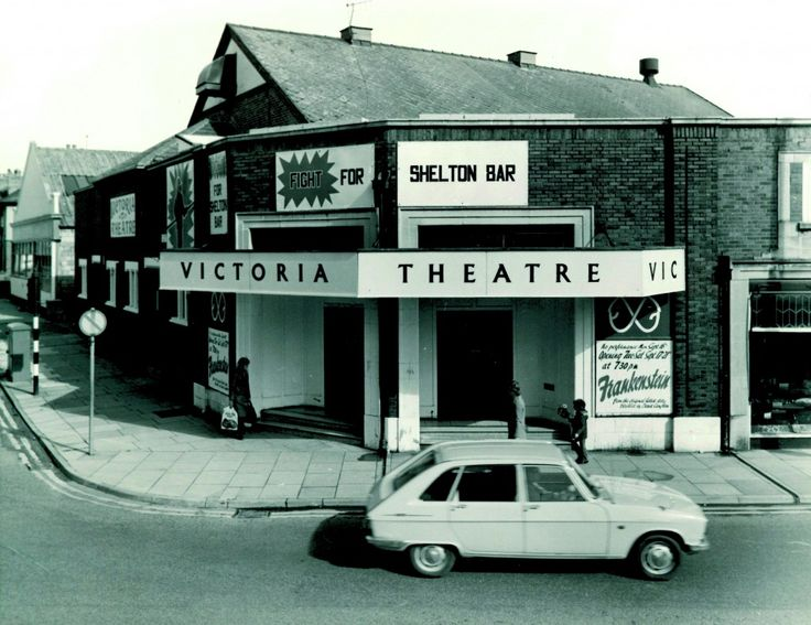 New Vic Theatre, Scarborough/ Director Peter Cheeseman exchanged Stephen Joseph's 1952 conversion of a cinema in Stoke-on-Trent for a purpose-built theatre-in the round