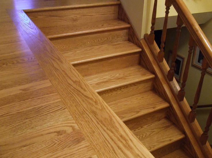 floating hardwood floor on stairs