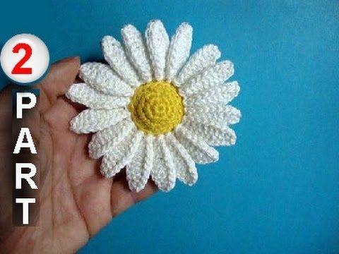 Pretty DIY Crochet Daisies