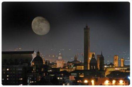 Vita notturna a Bologna