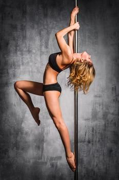 Dance to lose weight Pole edition