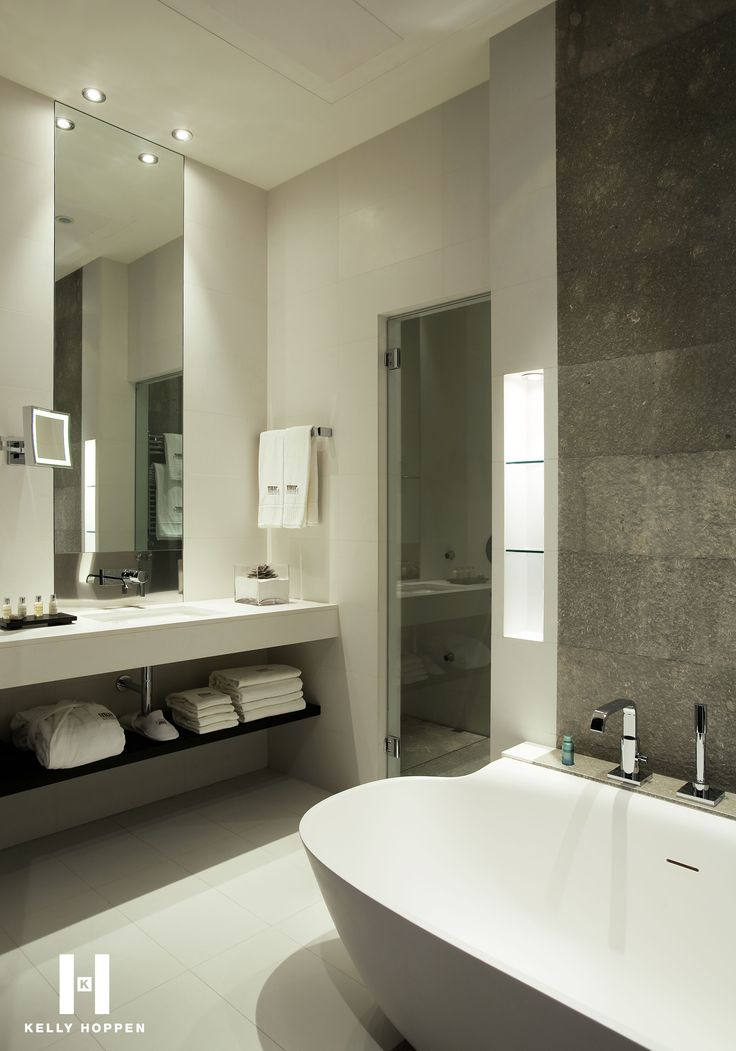 The 25 best hotel bathrooms ideas on pinterest hotel for Popular bathroom decor