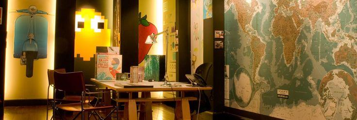 Wit Lab – El Laboratorio del Ingenio » en Travesera de Gracia, esquina Balmes - Barcelona