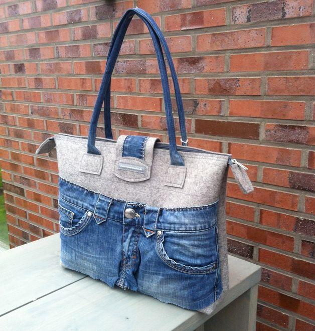 """Schultertaschen - Schultertasche """"Lena"""" mit Jeans - ein Designerstück von die-kreativen-adern bei DaWanda"""