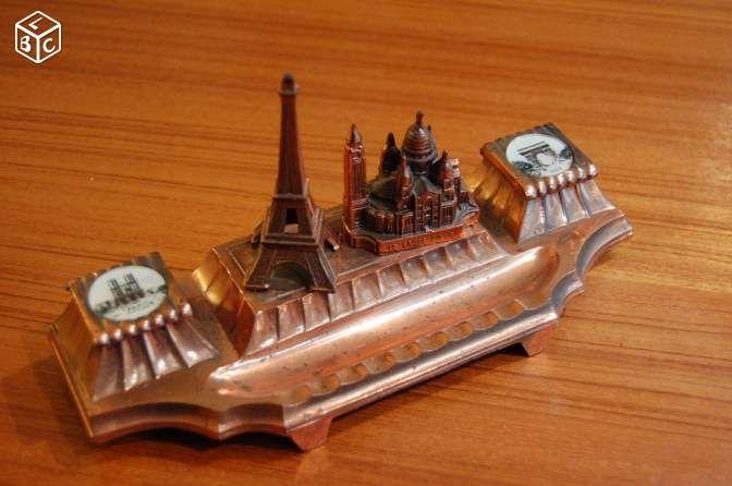 Encrier vintage souvenirs de Paris métal cuivré #chrisdeparis 45€
