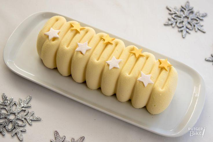 Feestelijke witte chocolademousse met kern van frambozencremeux -recept