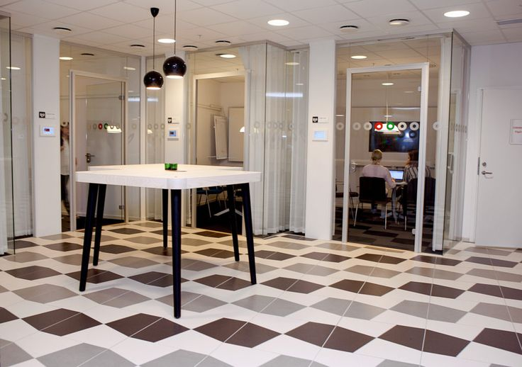 FLEX GLASSDOOR -A och FLEX GLASSLINE En dörrlösning som uppfyller ljus- och designkrav. -