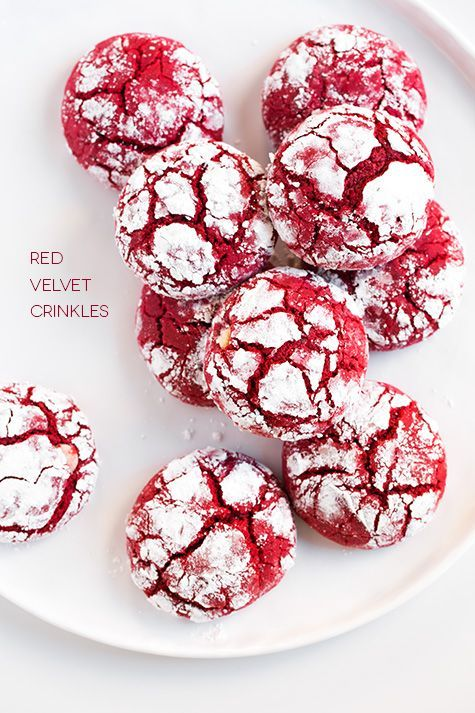 Red Velvet Crinkle Cookies - Would be great for Christmas cookie exchange