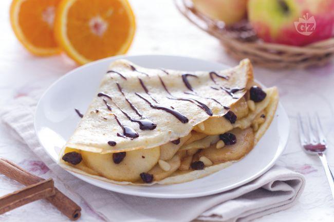 Ricetta Crepes torta di mele - Le Ricette di GialloZafferano.it