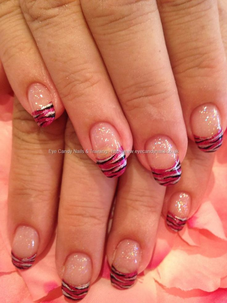 eye candy Nails & Training - Nails Gallery: Freehand zebra nail art by Elaine Moore on 17 July 2012 at 14:58