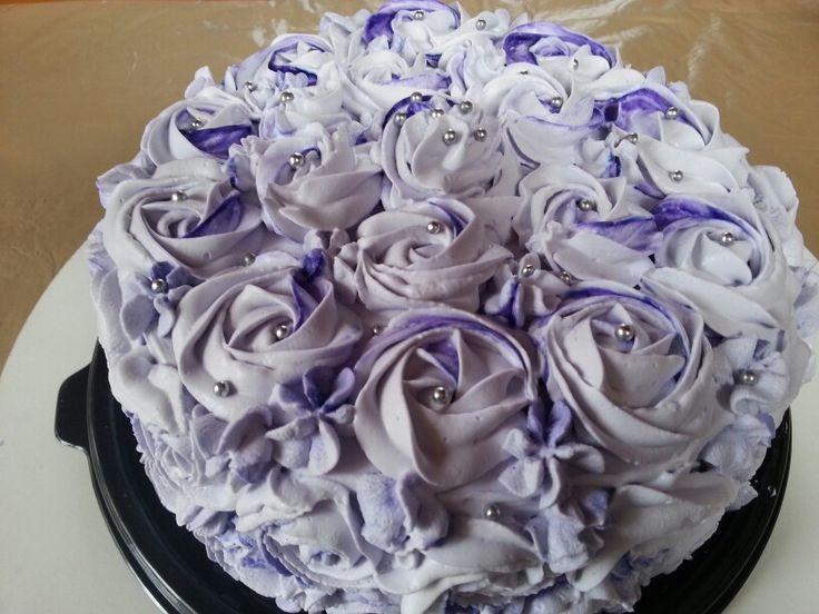 Torta con crema de frutilla