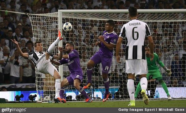 There have been some great goals in the history of the Champions League final, but the one Mario Mandžukić scored last night may be a new best goal in the history of the modern tournament's final matches