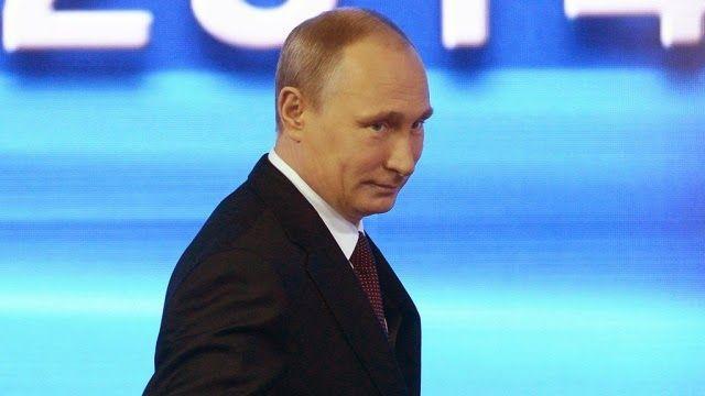 """ΤΟ ΚΟΥΤΣΑΒΑΚΙ: Πουτιν: Πισω απο την αυτοάμυνα στην Κριμαία ήταν τ... Ο Βλαντιμίρ Πούτιν παραδέχτηκε ότι τα Ρωσικά στρατεύματα ''ήταν πίσω από Δυνάμεων Αυτοάμυνας της Κριμαίας.""""  Ο Πρόεδρος σημείωσε ότι οι στρατιώτες μας ενήργησαν τόσο προσεκτικά   όσο  και σωστά. Ο Ρώσος Πρόεδρος Βλαντιμίρ Πούτιν είπε: '' Πίσω από τις Δυνάμεις Αυτοάμυνας της Κριμαίας, φυσικά υπήρχε ο στρατός μας. Ενήργησαν πολύ σωστά , αλλά και όπως είπα, με αποφασιστικότητα και επαγγελματισμό.''"""