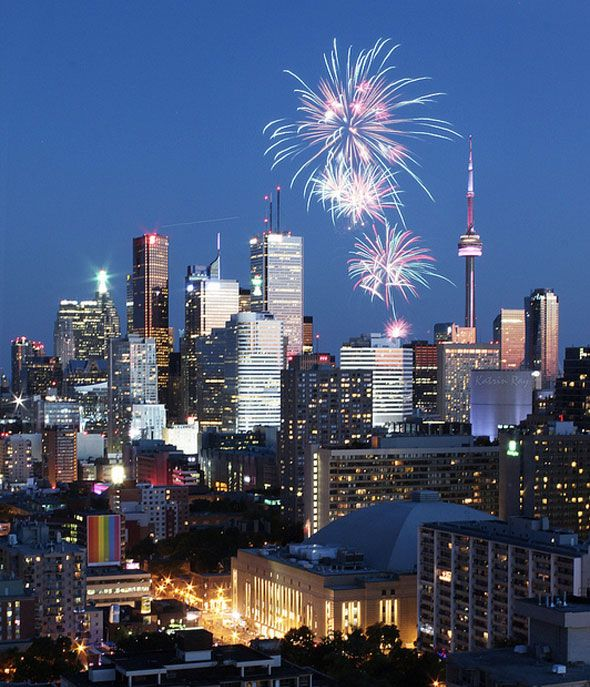 Canada Day fireworks in Toronto - Katrin Ray http://www.flickr.com/photos/katrins/7490776434/in/pool-26909951@N00/