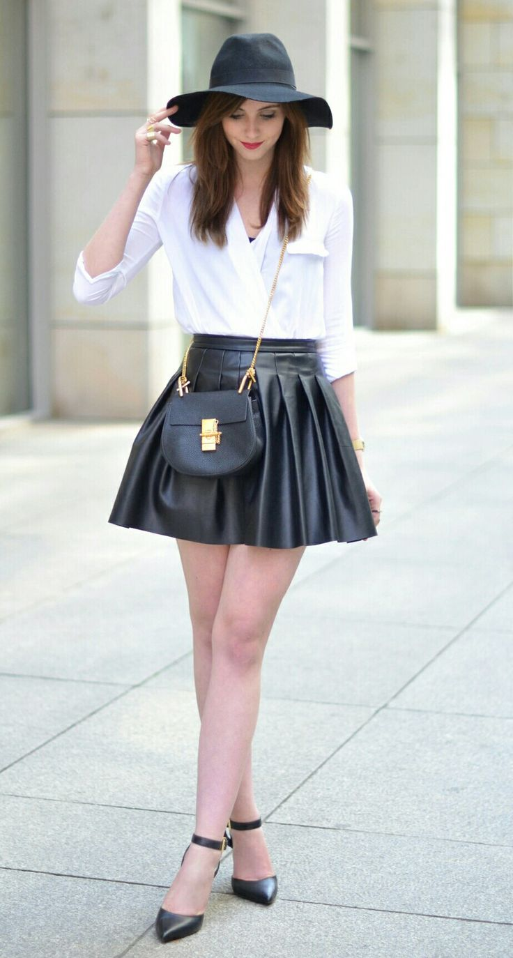 Black and White Outfit, mini Chloe Drew Bag, Hat