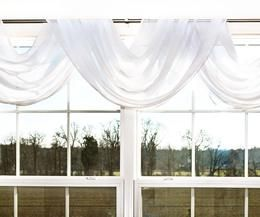 Ways to Hang Scarf Valances | eHow