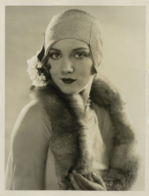 Leila Hyams, 1920s | More on the myLusciousLife blog: www.mylusciouslife.com
