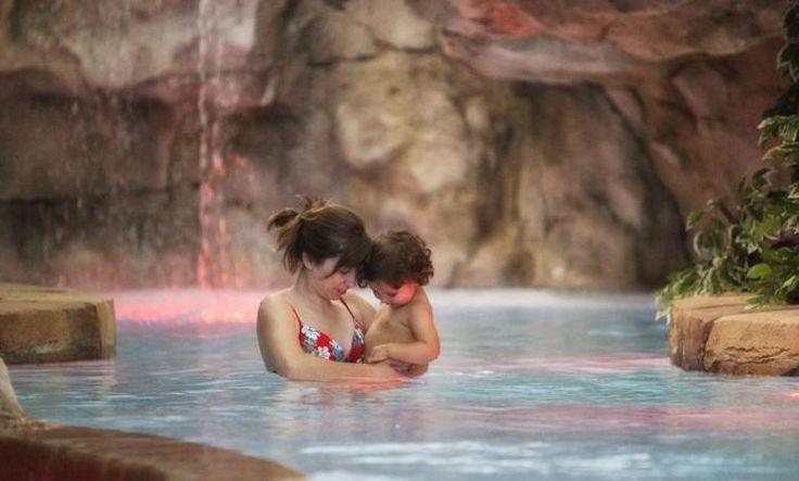 Descubre los mejores balnearios para ir con niños en España y tener una experiencia relajante para toda la familia.