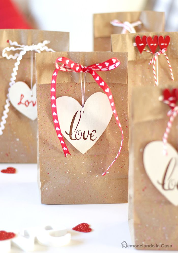 LOVE - EASY Valentine's Day Favor Bags