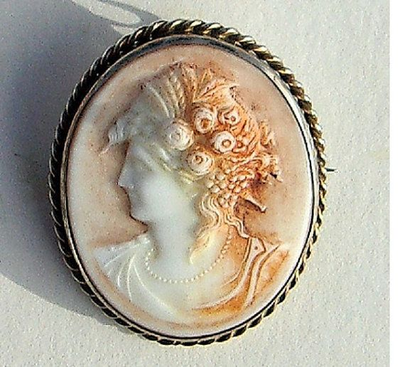 Vintage cellulose cameo settings