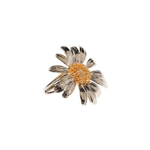 """Anello Margherita    Anello con fiore naturale """"margherita"""" in argento tit. 925/1000 bicolore: rodiato bianco e dorato oro rosso, diametro fiore mm. 30  Anello misura unica 13/14. Altre misure su richiesta."""
