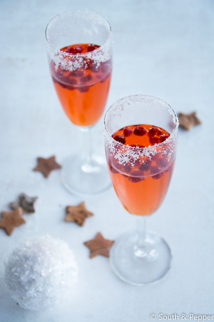 Christmas apero  #drankje #drankjes #cocktail #christmas #feestelijk #kerst #apero #aperitief #granaatappel #recept #recepten #makkelijk
