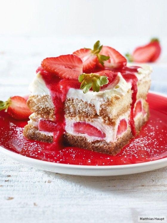 Als wäre der Klassiker nicht schon genial genug: Frische Erdbeeren geben unserem Tiramisu den Sommer-Kick!
