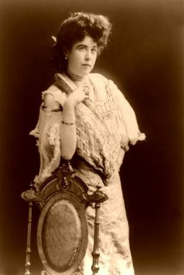 "The ""Unsinkable"" Molly Brown, Titanic"
